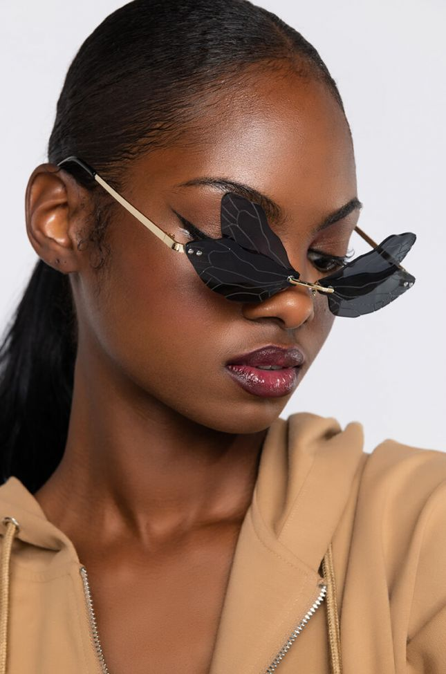 Side View Fly Away Small Sunnies in Black