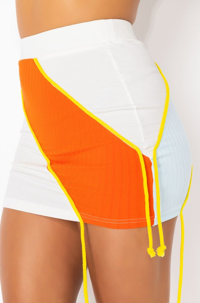Full View Fun In The Sun Mini Skirt in White Multi
