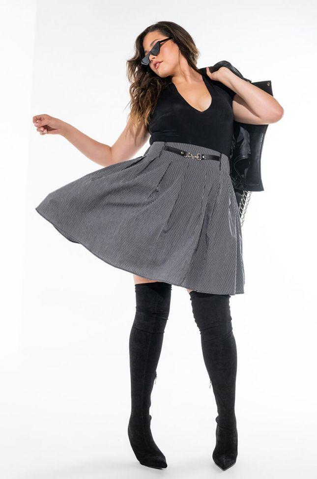 Extra View Gabriela Pleated Mini Skirt Plus Size
