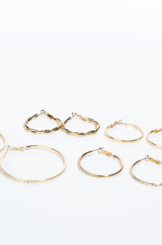 Detail View Get It Together 4 Piece Hoop Set in Gold