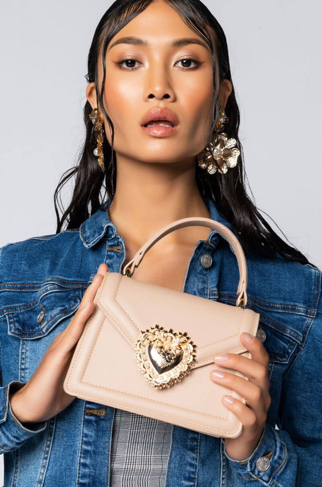 Front View Heart Of Gold Frame Bag in Nude
