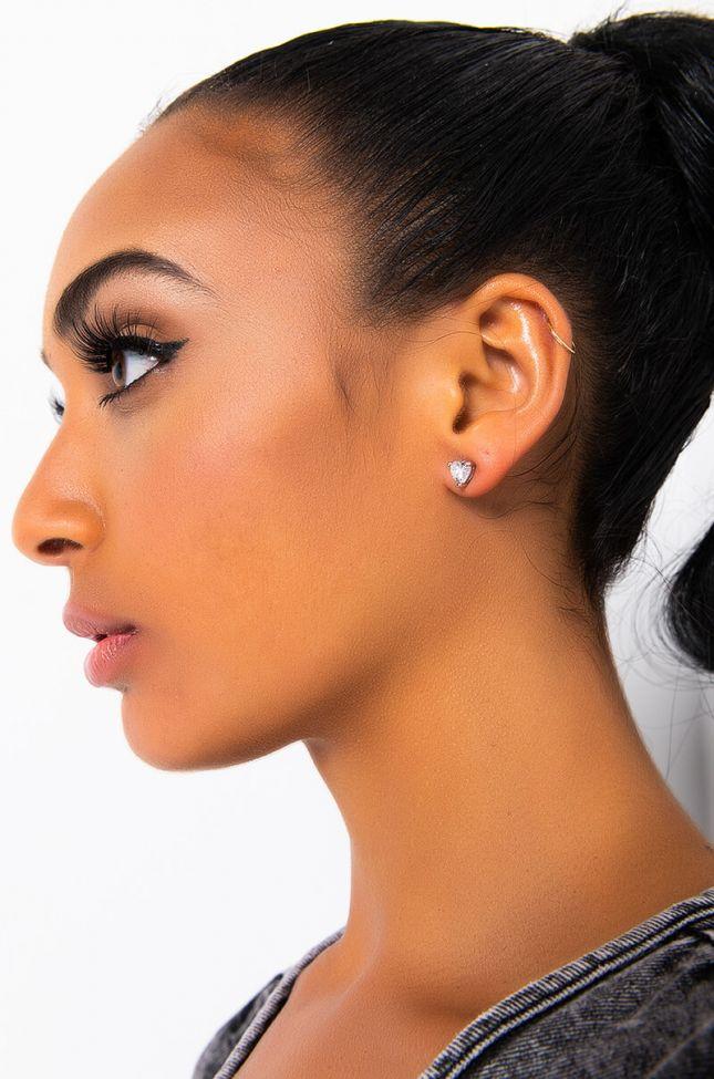 Front View Heart Of Rhinestone Stud Earring in Silver