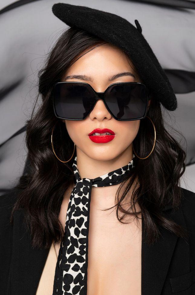 Front View House Of Bratz Sunglasses in Black Multi