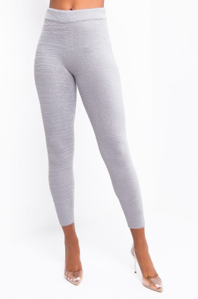 Front View In A Dream Legging in Grey