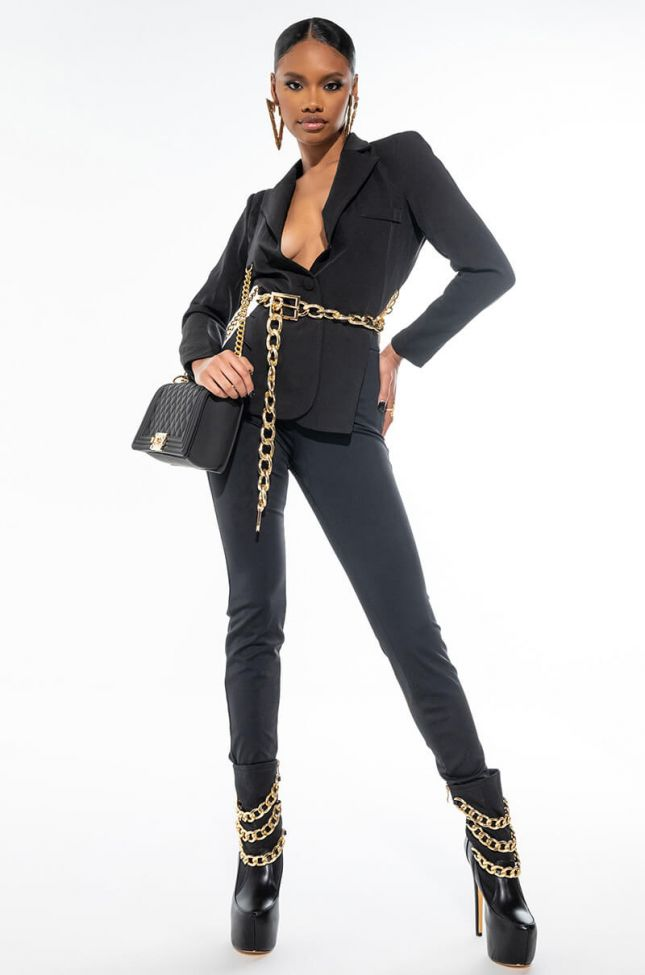 LEGS FOR DAYS WITH BACK ANKLE ZIPPER PANT