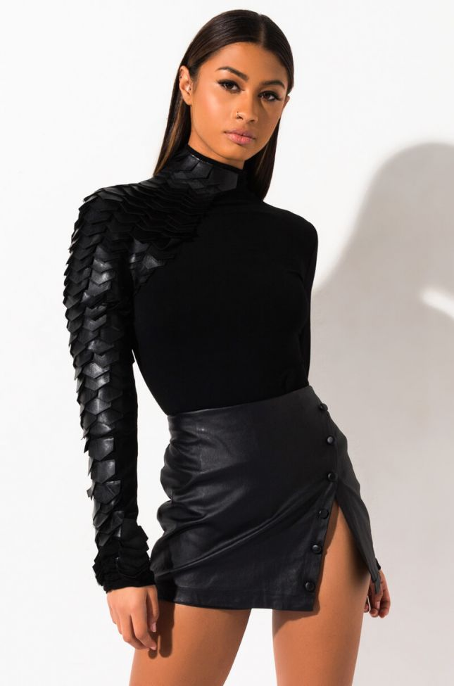Front View Meet In The Middle Long Sleeve Scale Top in Black