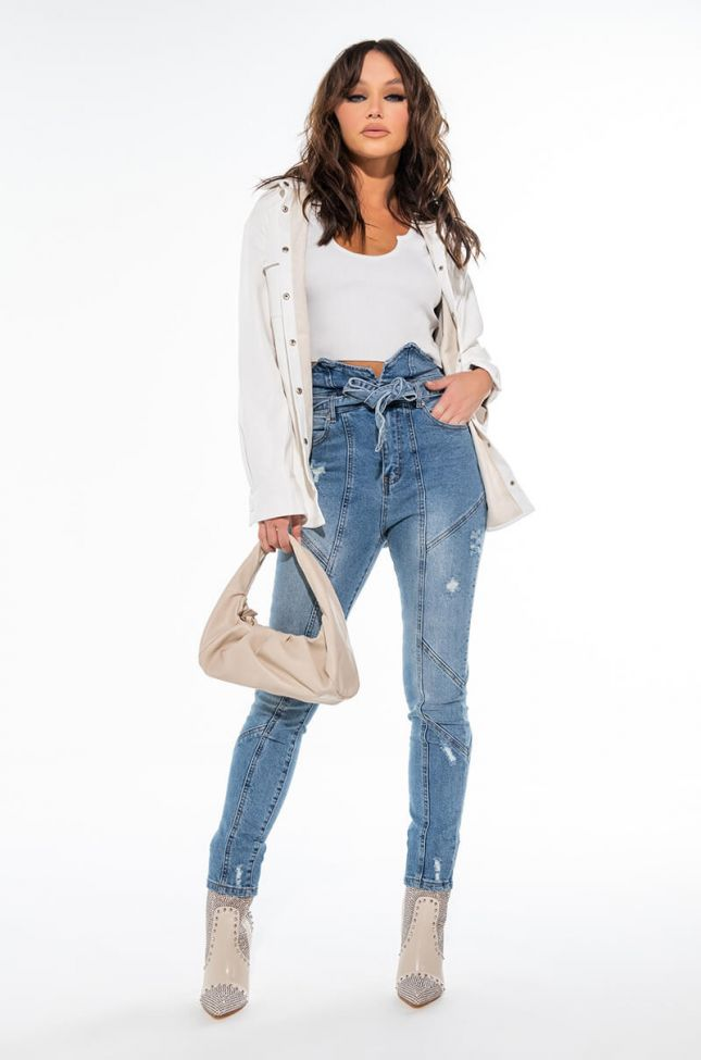 MILA HIGH RISE BELTED SKINNY JEANS