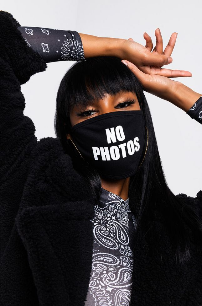 Side View No Photos Fashion Face Cover in Black