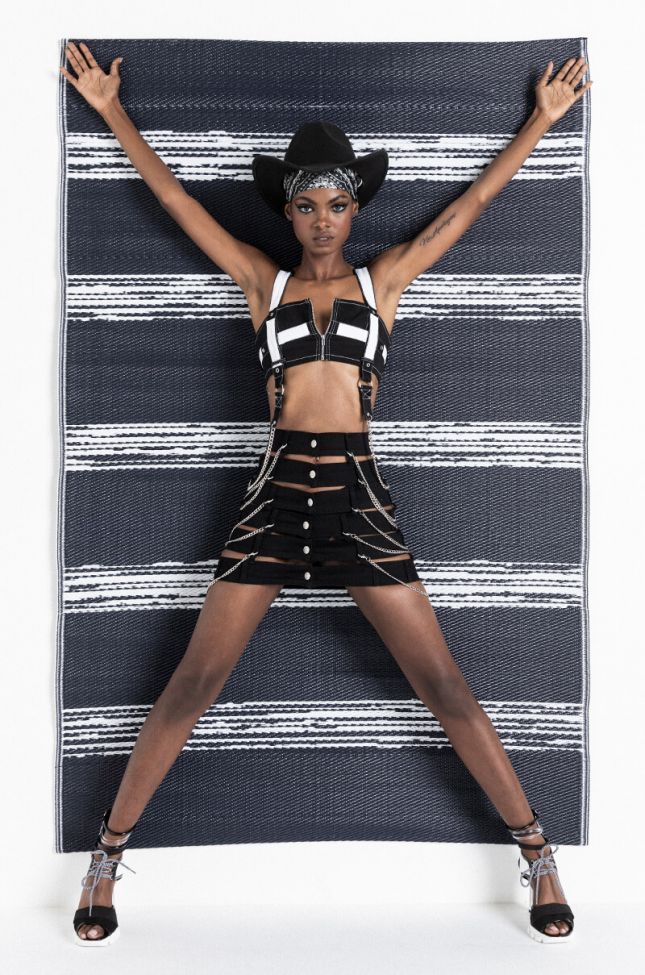 Open Your Mind Chain Detail Denim Skirt in Black