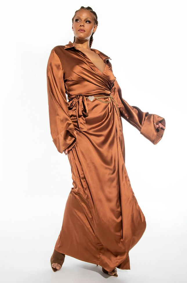 PLUS FINE TIME MAXI DRESS WITH HIGH SLIT