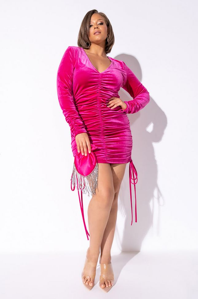 Plus Goodnight Sweetheart Velvet Long Sleeve Ruched Dress in Pink