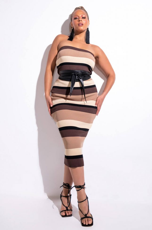 Front View Plus Nude Intentions Tube Midi Dress