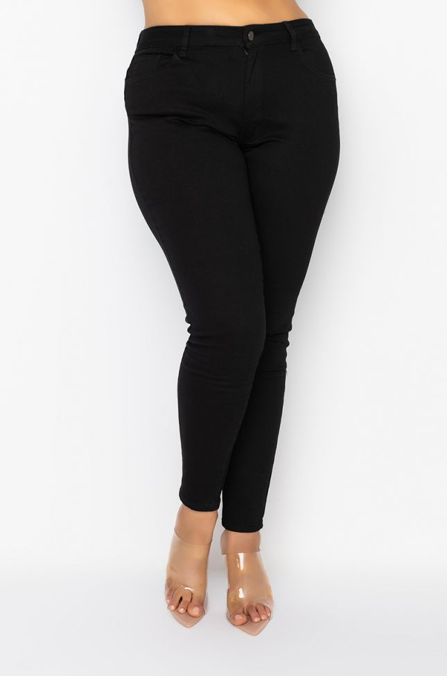 Front View Plus Right And Tight High Rise Skinny Jeans in Black