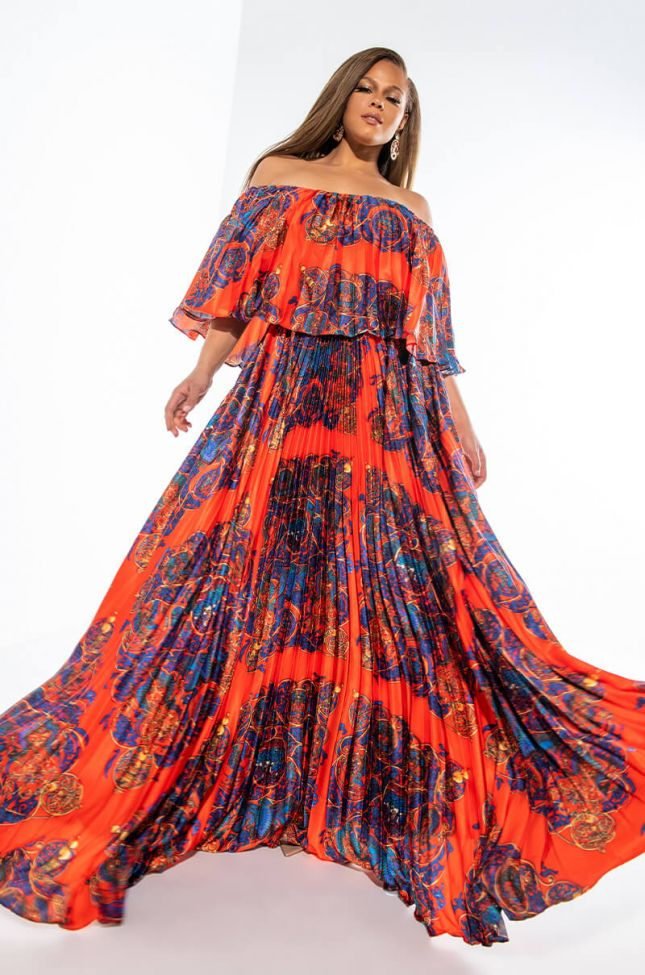 Front View Plus Shes A Painting Maxi Dress
