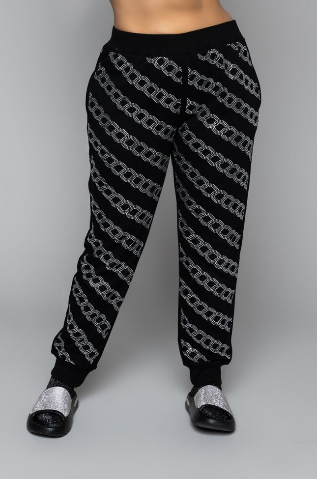 Front View Plus Size Chained Down Sweatpants in Black