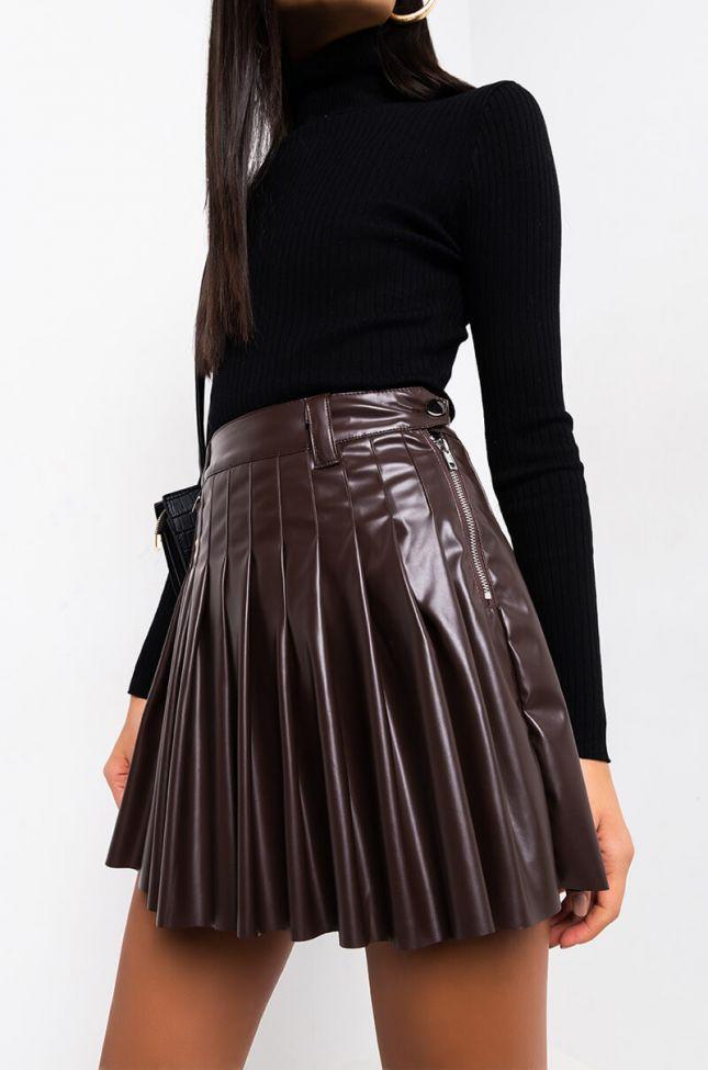 Full View Pretty Classy Lady Pleated Mini Skirt in Brown