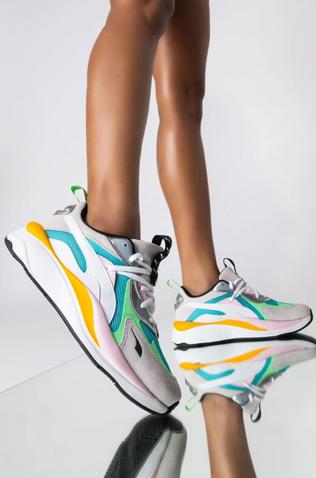 Front View Puma Rs Curve Aura Sneaker in White Multi