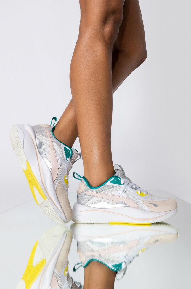 Front View Puma Rs Curve Oq Sneaker in White Multi