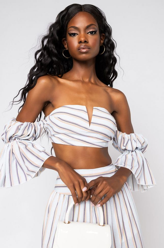 Front View Pyt Off The Shoulder Cropped Blouse in Blue Multi