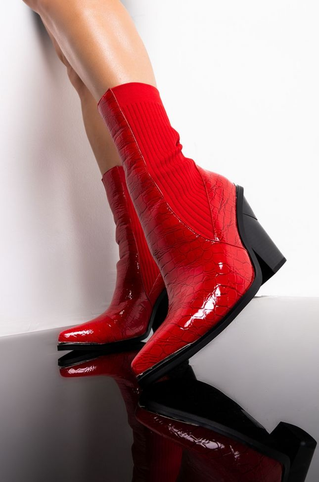 AZALEA WANG PAYDAY CASH OUT CHUNKY HEEL BOOTIE IN RED CROCC