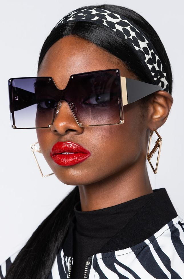 Side View Rodeo Drive Oversized Sunglasses in Black Multi