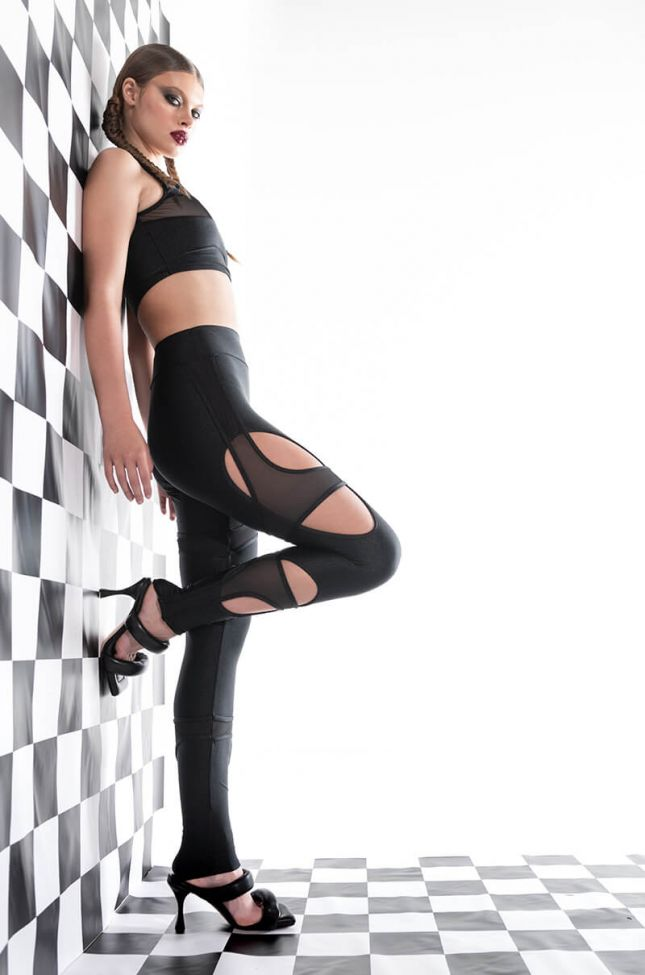 Extra View See Through Your Lies Cut Out Legging