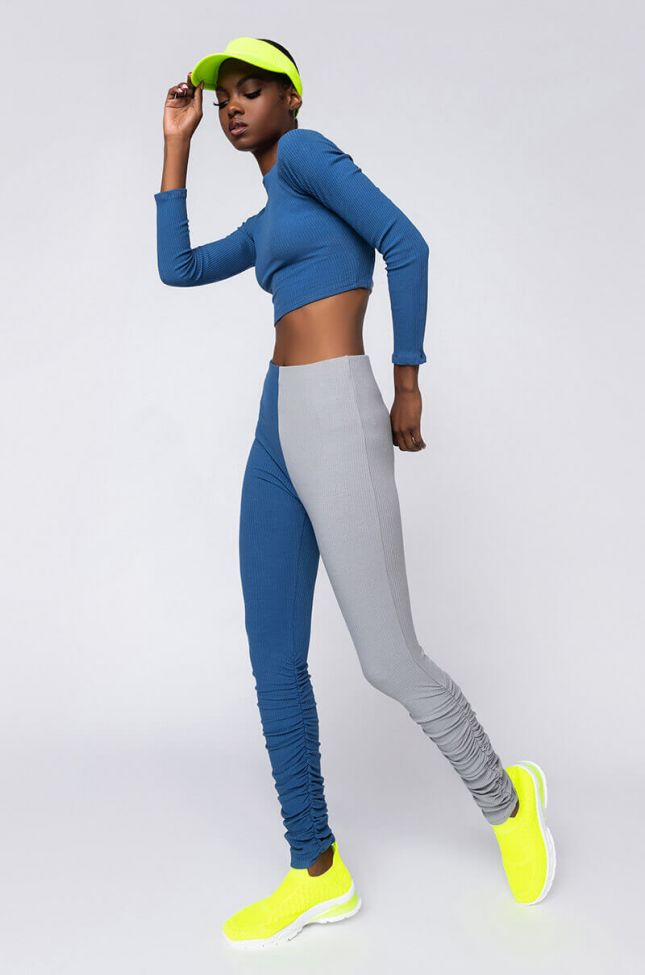 Sexy Meets Comfy Stacked Legging in Blue Multi
