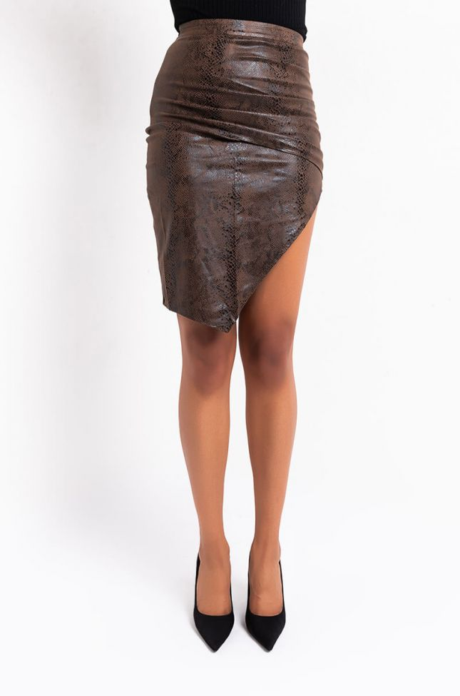 Front View Snake Print Pu Skirt With Slit in Brown