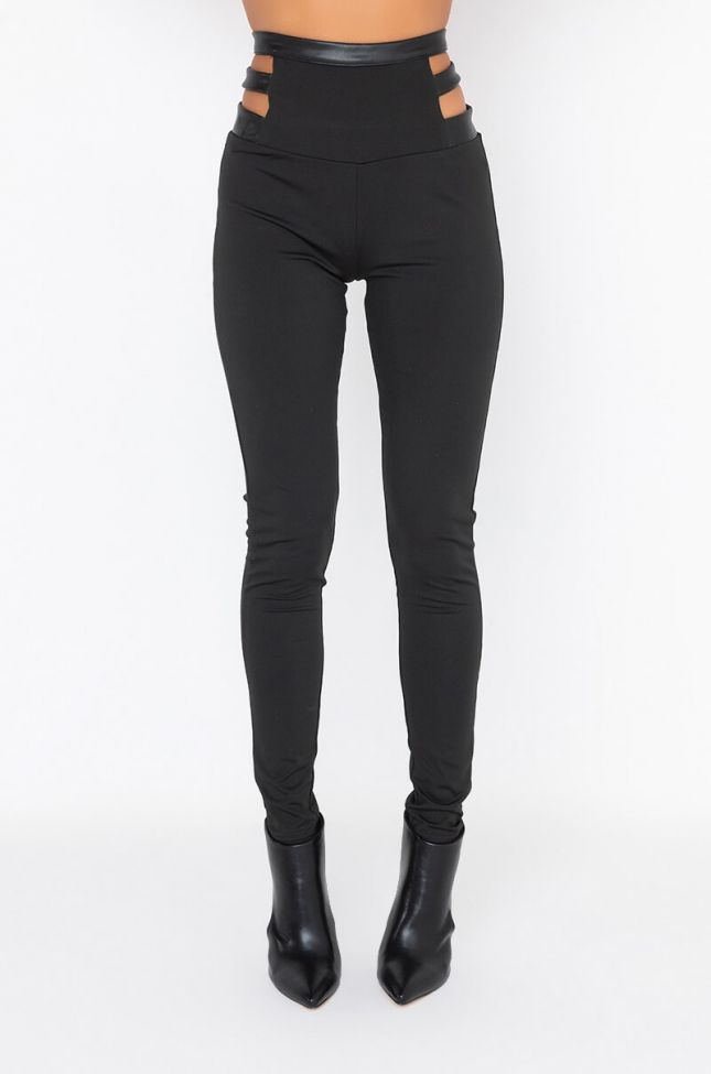 Front View Snatched 4.0 Legging
