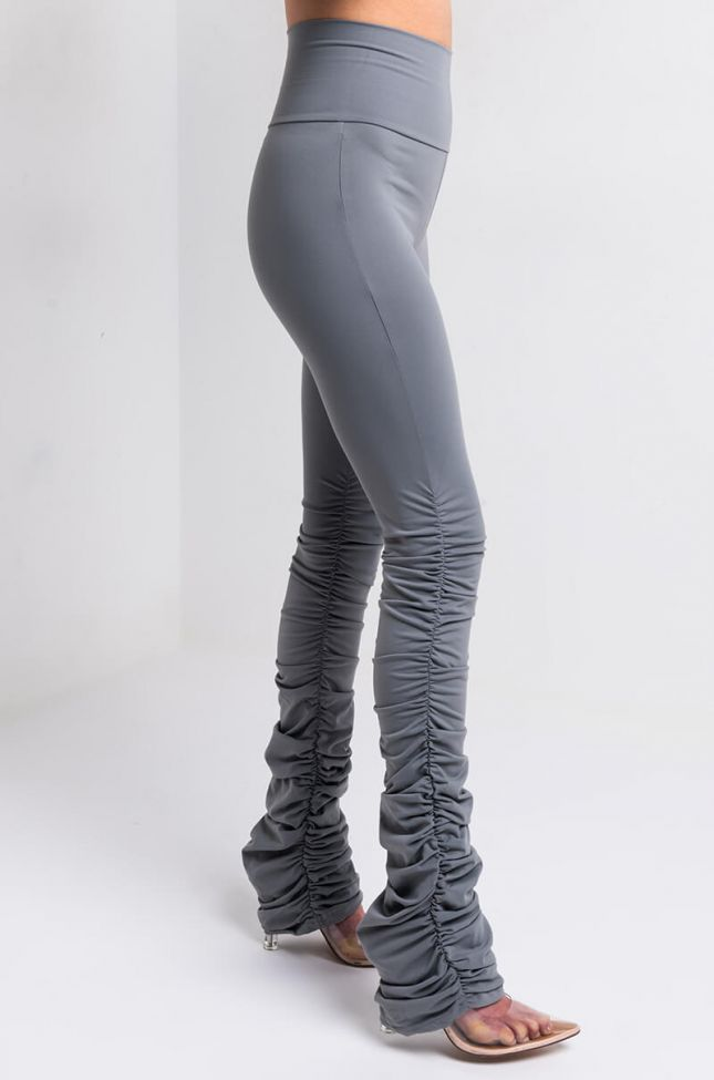 Side View Snatched Stacked High Rise Legging in Grey
