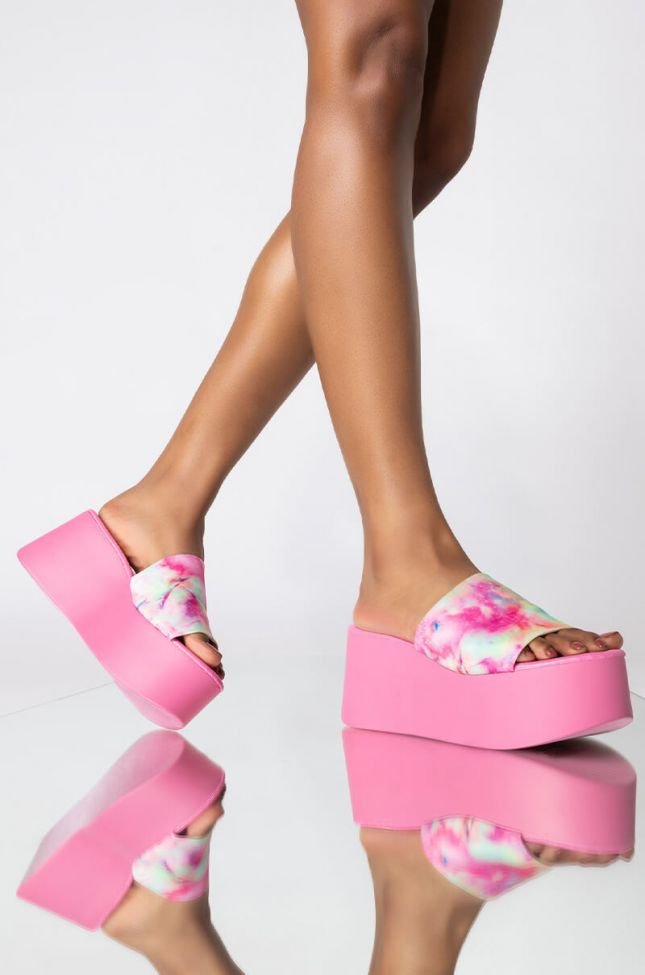 Front View So Close Wedge Sandal in Pink