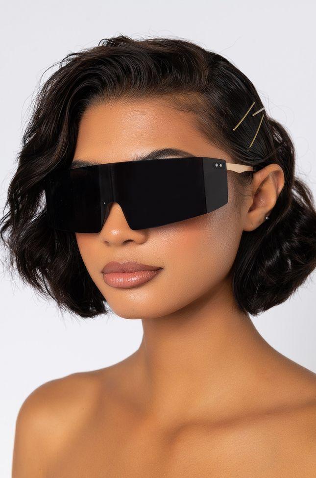 Side View Sporty Spice Oversized Eyewear in Black Multi