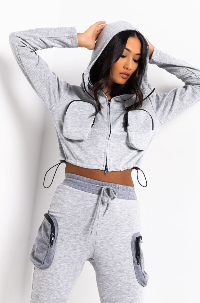 Front View Sporty Spice Pocketed Sweatshirt in Heather Grey