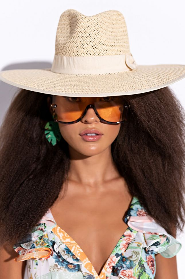 Front View Straw Brim Hat in Natural