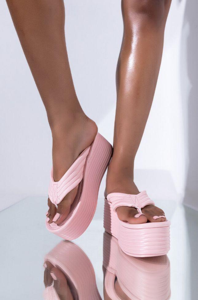 Front View Sugar High Flatform Sandal