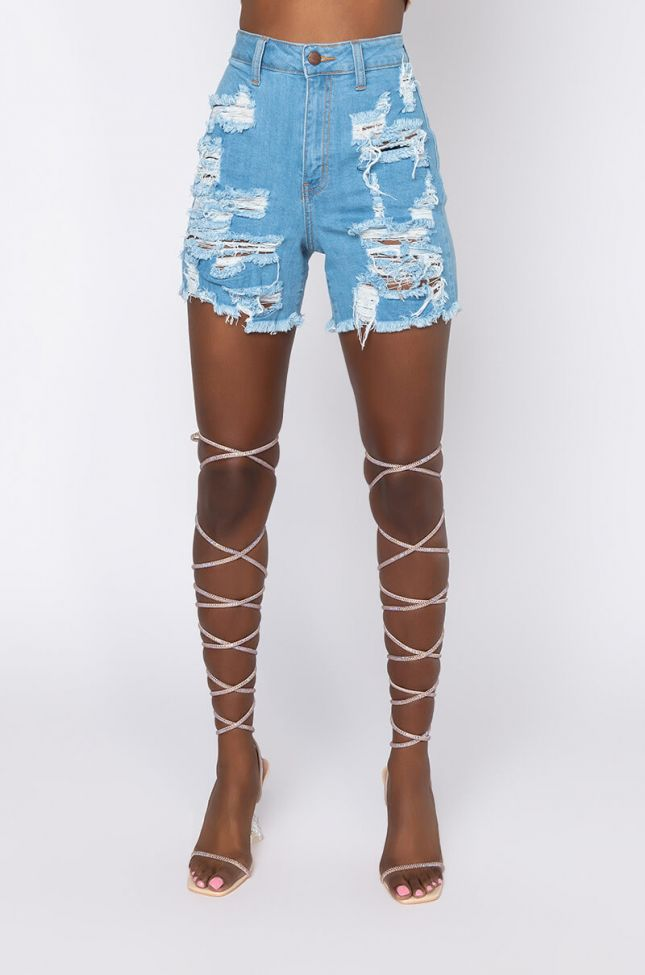Front View Summer Vibe Distressed Denim Shorts in Light Blue Denim