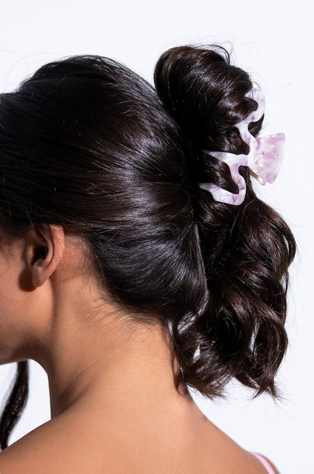 Front View Swiggle Hair Clamp