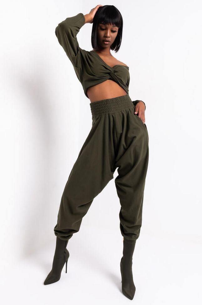 Full View Tamera Long Sleeve Front Twist Casual Top in Olive