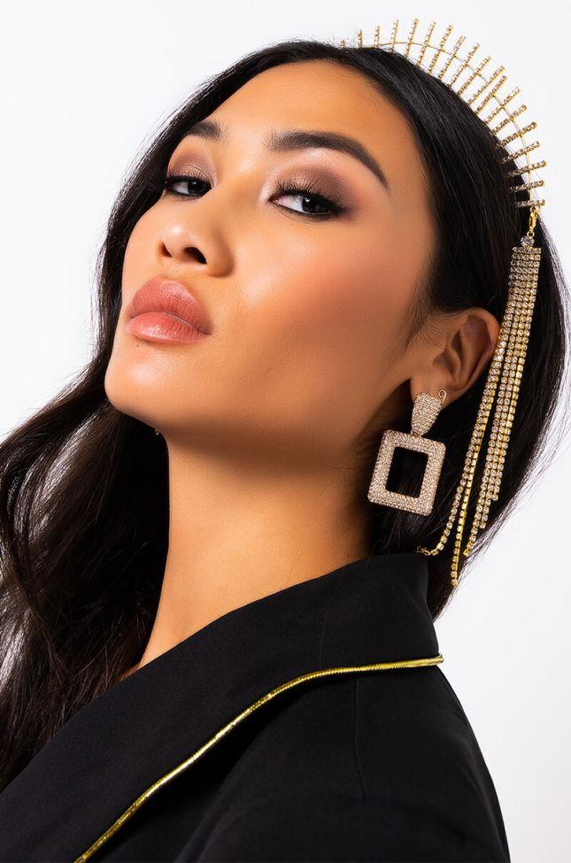 Front View Tessla Rhinestone Earring in Gold
