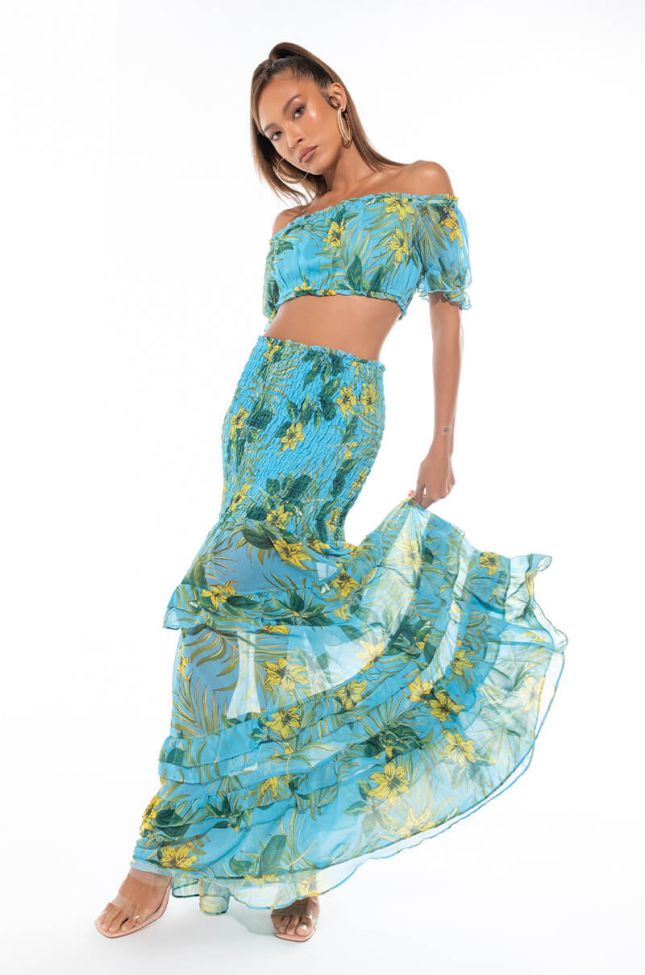 THE WAY SHE WALKS FLORAL MAXI SKIRT