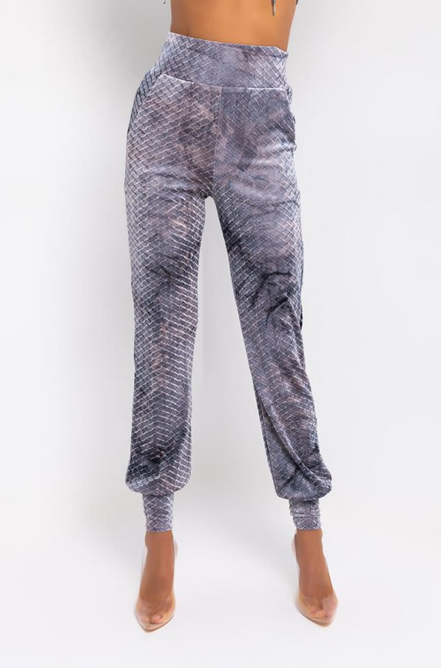 Front View Tokyo Snake Joggers in Heather Grey