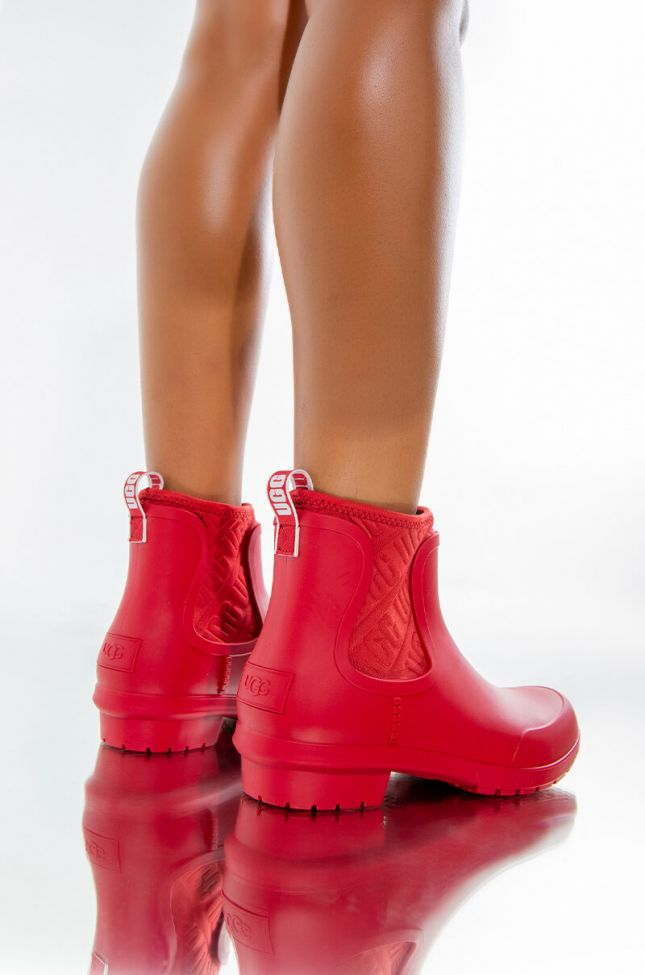Front View Ugg Chevonne Bootie