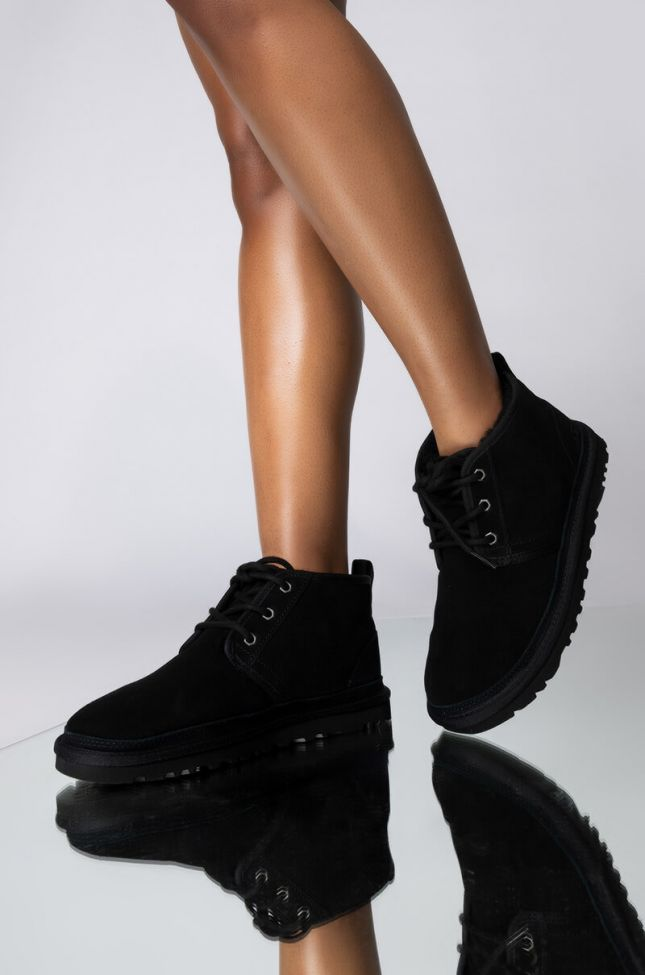 Front View Ugg Classic Neumel Lace Up Boots in Black