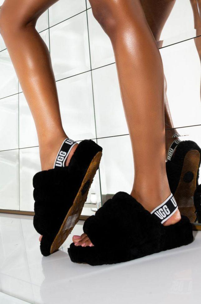 Front View Ugg Fluff Yeah Slide Sandal in Black