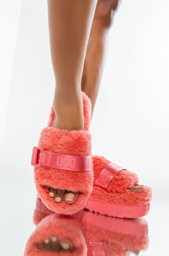 Front View Ugg Fluffita