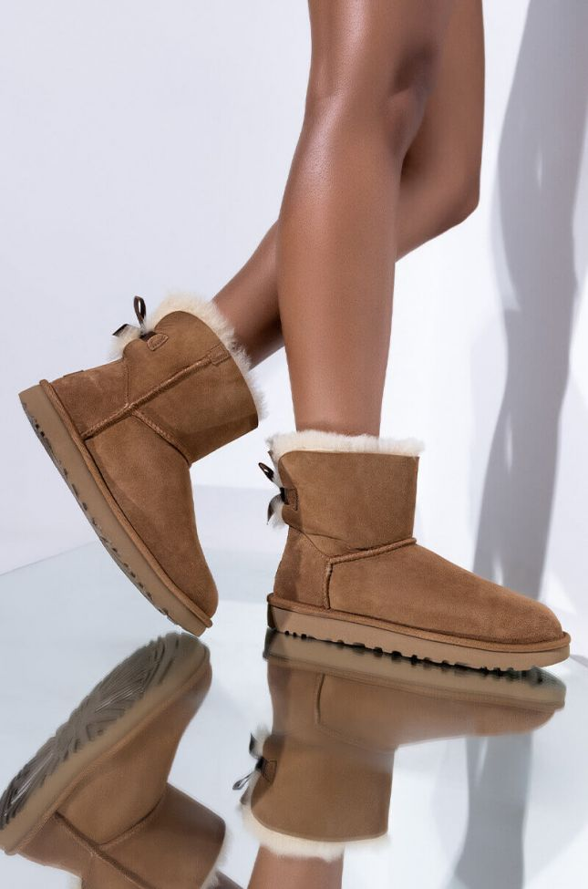 Front View Ugg Mini Bailey Bow Ii