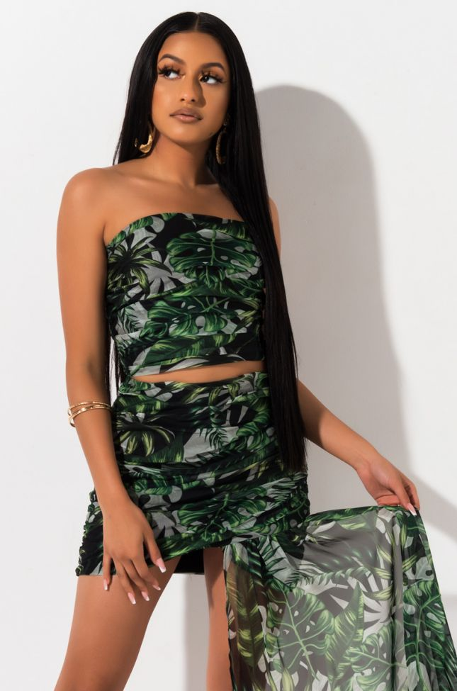 Front View Vacation Mood Crop Top in Green Tropical