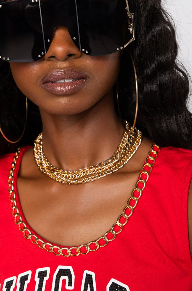 Front View Wavy Baby Layered Chain Choker in Gold