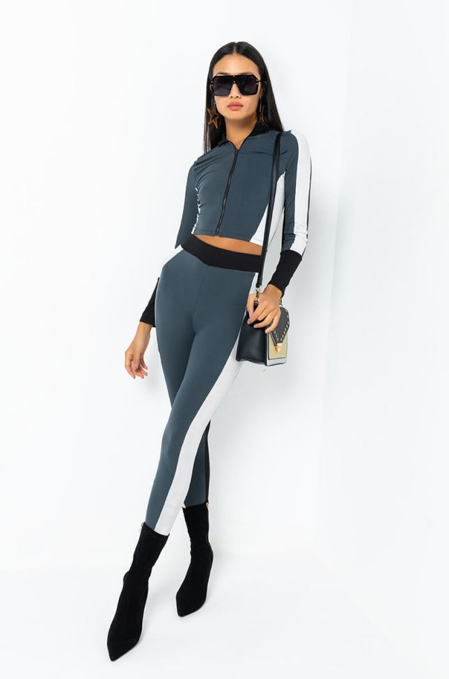 Full View Work Out Legging in Grey Multi