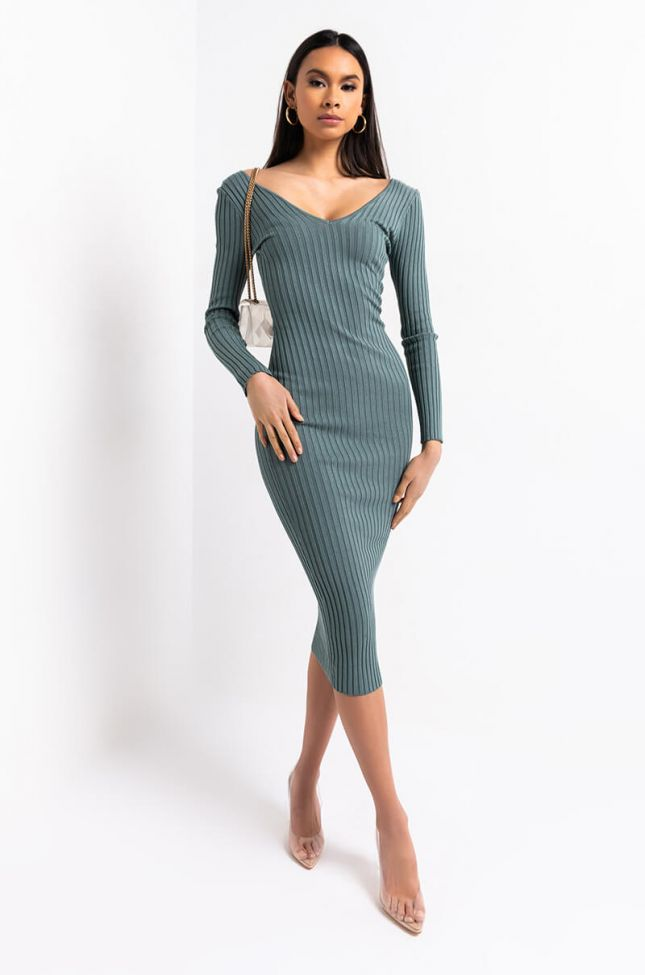 Side View You And Me Long Ribbed Sweater Dress in Light Green
